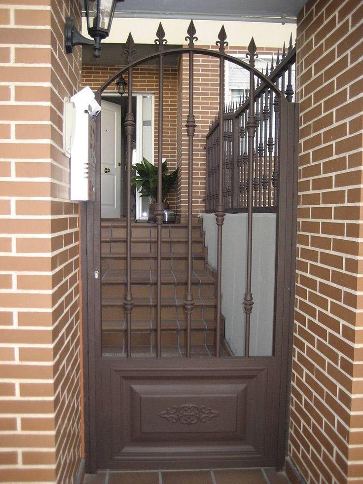 17 mejores ideas sobre puertas exterior en pinterest for Puertas de herreria para casa