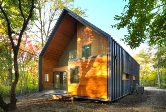 Timber Matchbox House in Michigan   [the Bureau of Architecture and Urbanism]