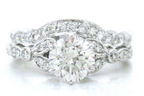 antiqueDiamond Engagement Rings, Cut Antiques, Antiques Diamonds, Diamonds Rings, Antiques Style, White Gold, Antiques Engagement Rings, Round Antiques, Diamonds Engagement Rings