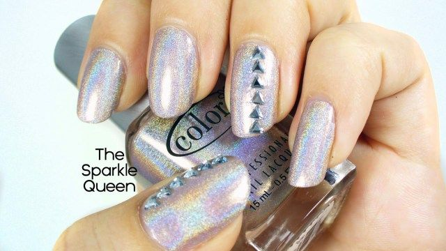 Simple Nail Art with Holographic Polish - A Sparkly Life for Me