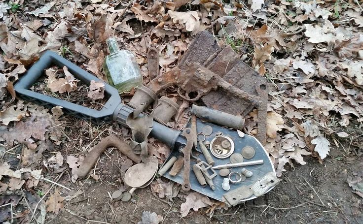 Result of 7h #hunt �� hope you #likeit and you #followme for more #adventure #metaldetecting #metalldetektor #bodenfund #ww2relics #treasurehunting #relichunting #nature #travel #instagood #artifacs #youtubers #ww2 #wwii #worldwar2 #wehrmacht #guns #pistol #firearms #relics #nofilter #instagram #digger #xpdeus #dirtfishing #revolver #handgun http://misstagram.com/ipost/1573174579722952991/?code=BXVCfH6D6Ef