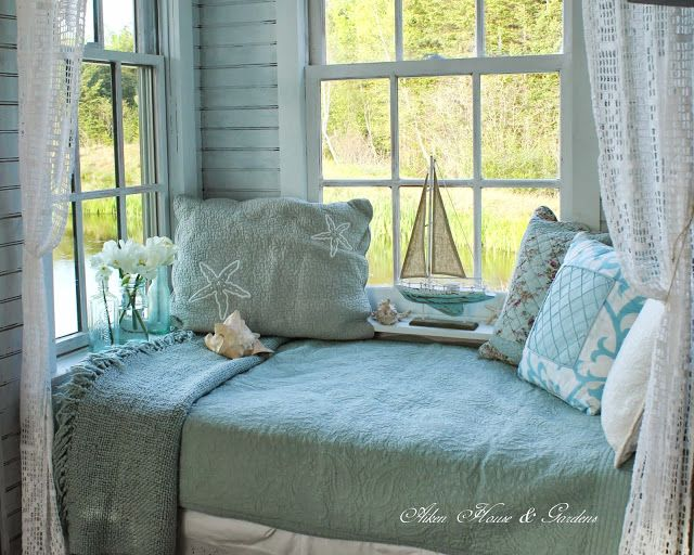 Beachy Daybed Slash Window Seat In A Summer Boat House