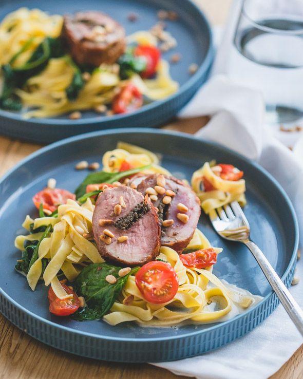 Gevuld varkenshaasje - Een feestelijk en verfijnde gerecht dat daarnaast ook indrukwekkend makkelijk te bereiden is.