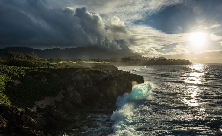 The wave - Kauai sunset by Samuel Lethier