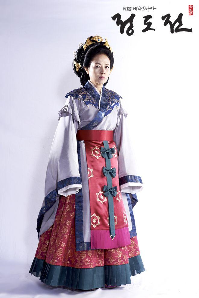 명덕태후-이덕희  Jeong Do-jeon(Hangul:정도전) is a 2014South Korean television seriesstarringCho Jae-hyunin the title role asJeong Do-jeon, a real-life historical figure (1342-1398) who was one of the most powerful scholars and politicians of his time and a close supporter ofKing Taejo, the founder of theJoseon Dynasty.The period drama shows the crucial role Jeong had in the planning and founding of Joseon and the obstacles he faced in the process, as well as his lasting impact on Joseon's…