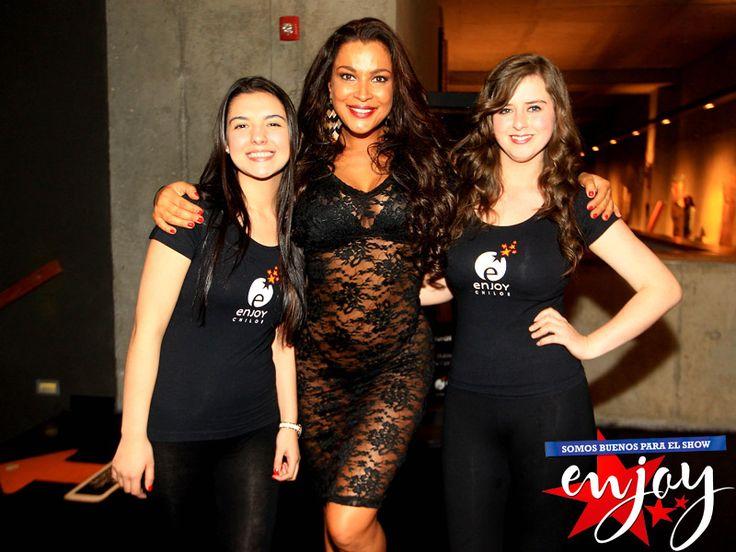 La guapa Marlen Olivari encendió la noche de Enjoy Chiloé
