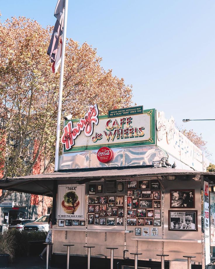 Harry's Cafe de Wheels is as iconic to @sydney as the Opera House and is 💯 home of Sydney's best pie 🥧 • In the late 1930's Harry Edwards opened a caravan cafè near the front of the Woolloomooloo naval dockyard. What started as pies n peas and crumbed sausages for sailors, soldiers, cabbies and late night workers - developed into a well known and beloved Sydney staple.@courtneygaye_travels #courtneygaye_travels #harryscafedewheels #Sydney #dirtystreetpie #canonshots