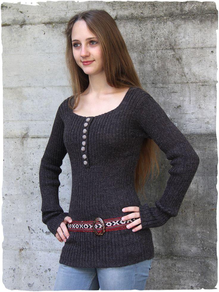 Pullover Donna #modaetnica #ethnicalfashion #alpacaswhool #lanadialpaca #peruvianfashion #peru #lamamita #moda #fashion #italianfashion #style #italianstyle #modaitaliana #lamamitafashion