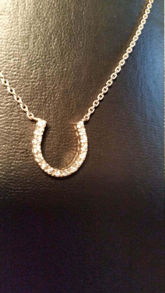 Caballo calzado encanto collar collar de plata esterlina 925