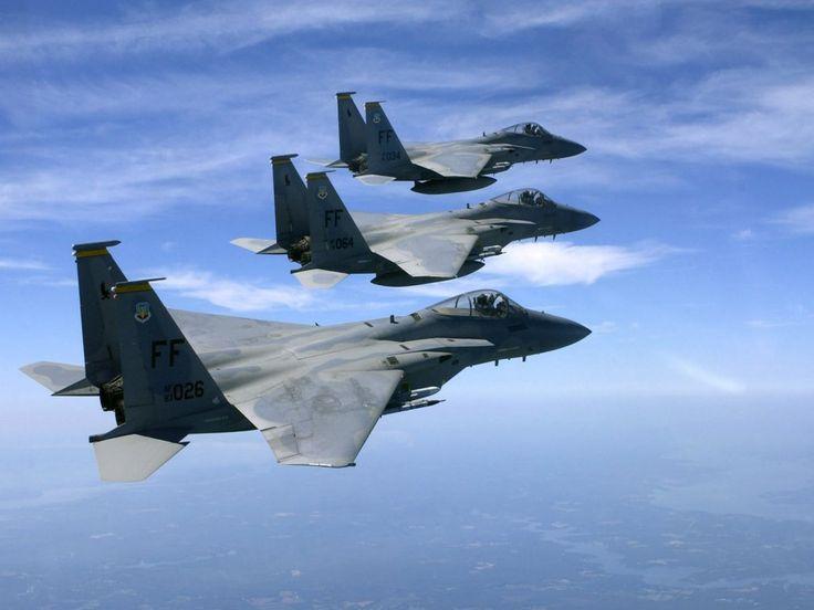 skrivebordsbakgrunnen - Militære fly: http://wallpapic-no.com/luftfart/militare-fly/wallpaper-19813
