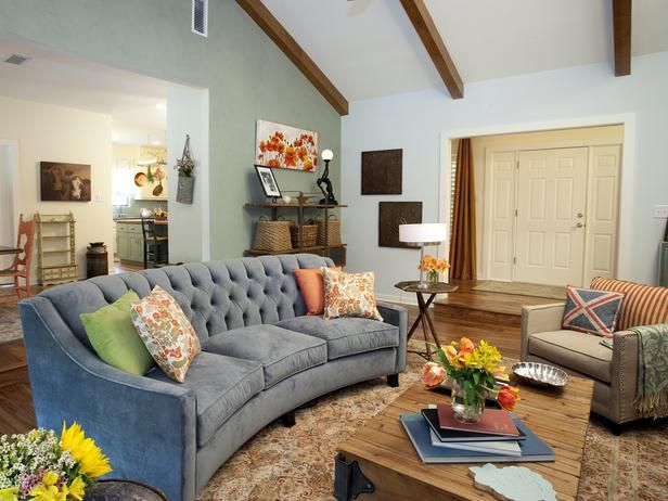 Country Living-rooms from Drew and Jonathan Scott on HGTV
