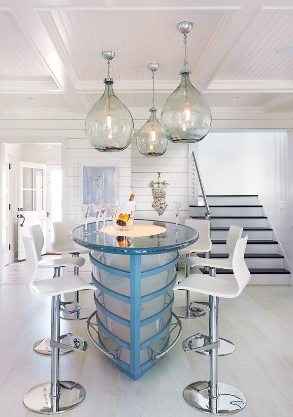 Such a fun dining table!
