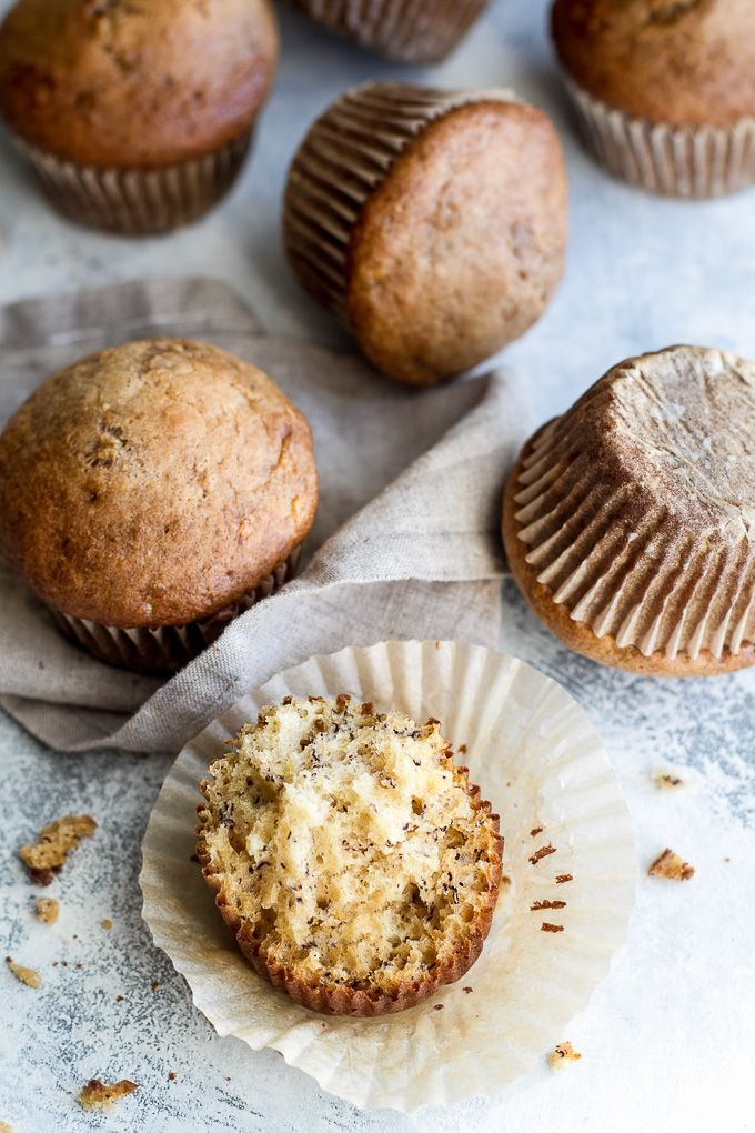Healthy one banana muffins to help you use up that last overripe banana! These tender oil-free muffins are made with just 7 ingredients and make a healthy breakfast or snack! | runningwithspoons...