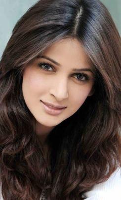 Saba Qamar Top 5 Actresses Of Pakistani Drama Industry