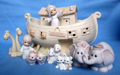 Precious Moments Noah Ark- 8 Piece Set W/Original Box...wow what a wonderful set.