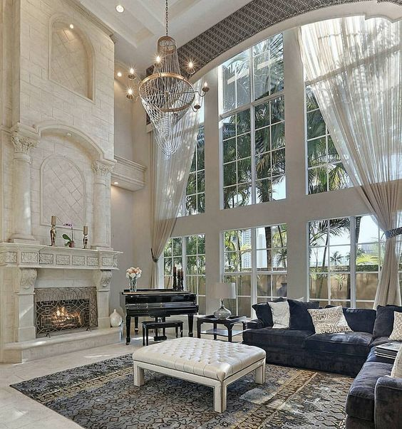 THE WINDOW IN THIS GLORIOUS ROOM IS SO UNBELIEVABLY BEAUTIFUL!! - HOWEVER, NOT ONLY THE WINDOW MAKES THIS ROOM SO SPECIAL, BUT THE CLEVER WAY IT HAS BEEN DECORATED!! #️⃣