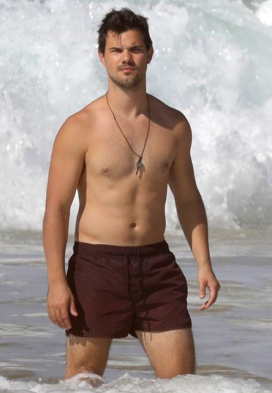 Taylor Lautner | Taylor lautner shirtless, Taylor lautner ...