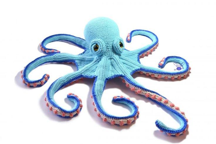 Claude the Octopus amigurumi by Patchwork Moose (Kate E Hancock)