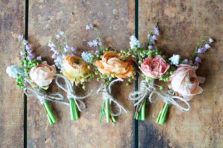 Flowers: bellflower, ranunculus, parrot tulip, garden rose, climbing rose, peony, flowering onion, jasmine, lily of the valley Kiana Underwood / tulipina.com   Photography: N.R. Underwood / nruphoto.com