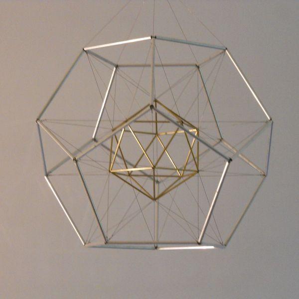 561 best tensegrity images on pinterest architecture for Couchtisch design inside art aluminium splendeur