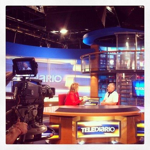 Telediario en Monterrey. #liderdelamanada #monterrey #telediario #televisia