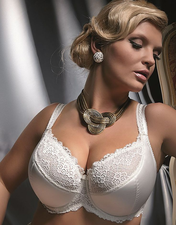 How To Measure Bra Size. While the band on your bra may be comfortable to you, the cup size may be too small or too big. Our Bra Size Calculator will help you find your most comfortable, flattering fit right at home. HerRoom Bra Size Calculator. You will need.