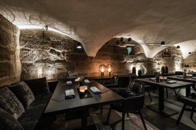 #eikelenboom #luceplan #danielrybakken #restaurant #interieur #counterbalance #wandverlichting #wandlampen