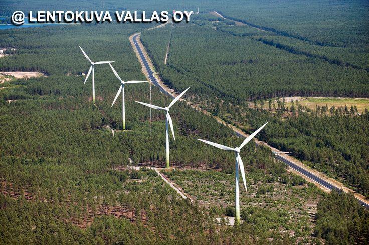 Tuulivoimaloita Ilmakuva: Lentokuva Vallas Oy
