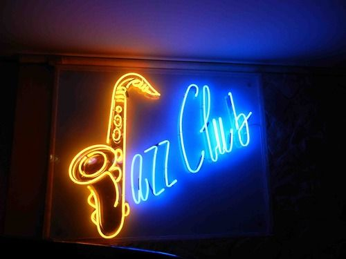 Jazz Club - Jazz Party - Music Themed Party - Smooth Jazz - Feng Shui Your Jazz Party or Sunday Brunch with a Professional Feng Shui Design Consultation at www.DeniseDivineD.com/feng-shui-design - Professional Feng Shui Consultant & Interior Designer