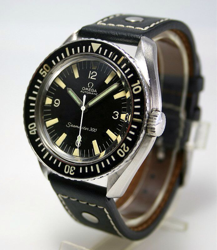 military - Military Industries 1970s diver's watch 3daee7b20fc96b660919c985d40bb7d7--omega-seamaster--september