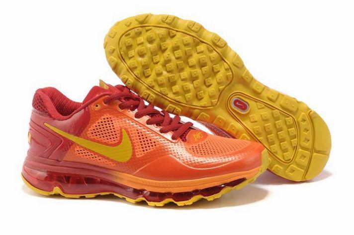 1uOsq Nike Trainer 1.3 Max Breathe Orange Red Yellow