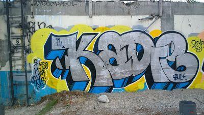 TravelMarx: Sunday Night Graffiti