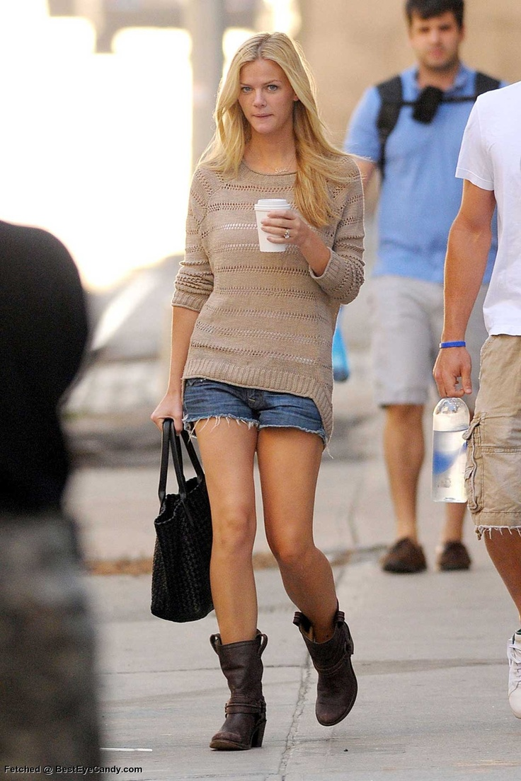 Casual spring outfit: open stich sweater with shorts and combat booties
