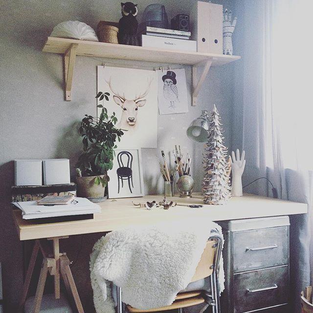 My old workspace..Snart dags att komma iordning med min kreativahörna på andra våningen. Denna bild är från min lägenhet jag hade för 2 år sen, har ju hunnit bo i en annan lägenhet  och renoverat hus efter det