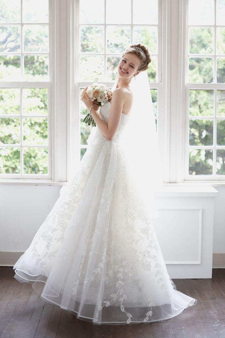 collette #NOVARESE #ノバレーゼ #weddingdress #lace #brand #CarolinaHerrera #NY #ウエディング #ウエディングドレス #結婚式 #レース #ブランド #キャロリーナ・ヘレラ #ニューヨーク