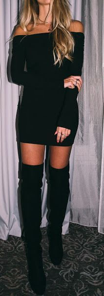 fall outfit ideas / black off the shoulder dress