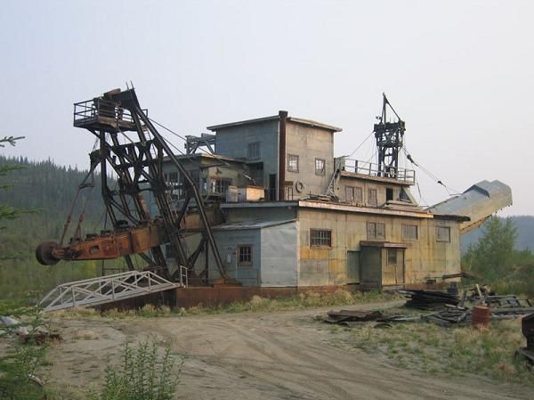 nome alaska gold mining camp