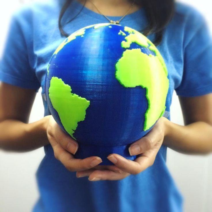 Something we liked from Instagram! Você sabia que hoje é o Dia da Terra? Pois é! Dia de conscientização sobre os cuidados com o nosso meio ambiente e de discussão para encontrar novas alternativas para cuidar de nosso planeta. Você está fazendo a sua parte pela preservação da Terra? Essa peça aí foi impressa com uma CL2 PRO de 2 extrusores  #earthday #diadaterra #meioambiente #sustentabilidade #cliever #clievertecnologia #clieverbrasil #impressora3d #3Dprinting #tecnologia #3dprinter…
