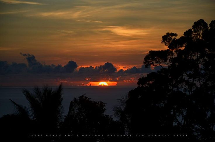 Sunrise from the Pacific Ocean.. by TOSHI KENZO MDP™