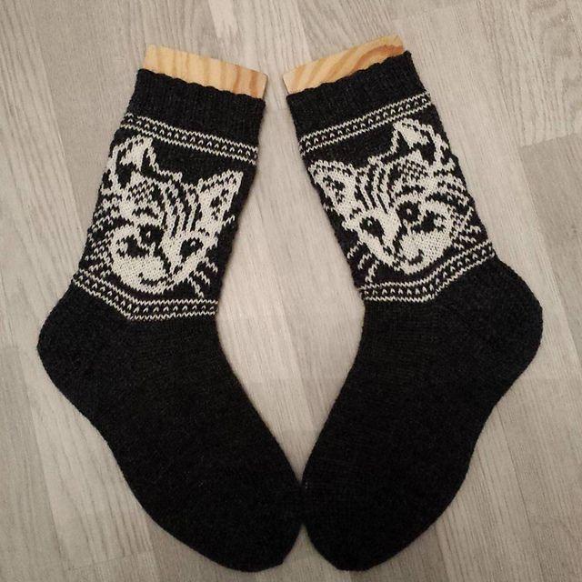 Ravelry: Hege's Cat Socks