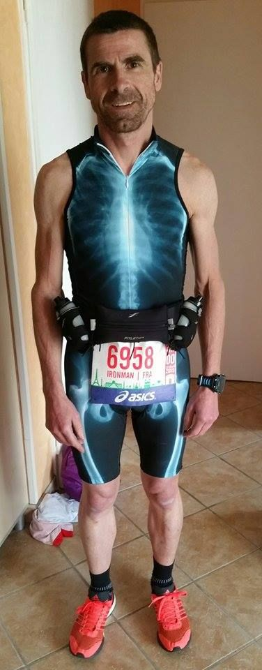 ready to start - X-ray suit for run and triathlon