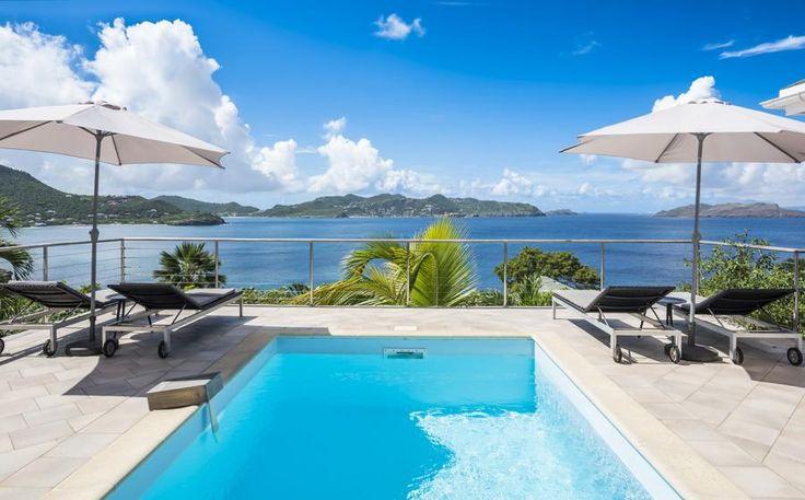 Heloa is een 3 slaapkamer vakantievilla gelegen op de heuvels van de Pointe Milou. De villa profiteert van een maximum van zon, vanwege de ligging,. Heloa heeft ook een perfecte zonsondergang villa en biedt een prachtig uitzicht op de oceaan. Het heeft drie slaapkamers, elk met een eigen badkamer. De woonkamer heeft uitzicht op het…