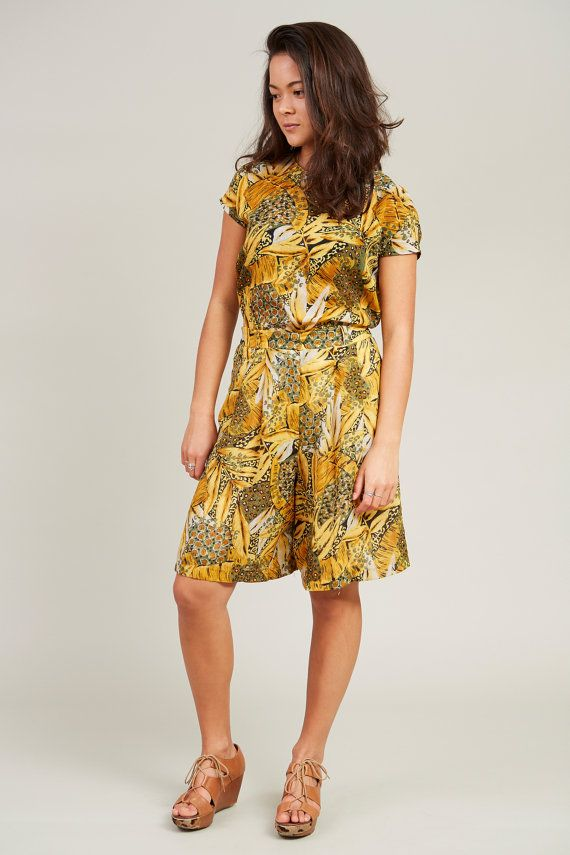 1980s Yellow and Green Jungle Print 2 Piece Short Set L