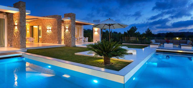 Luxury villa, private community (Ibiza)