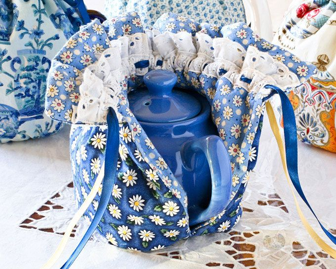This Quilted Drawstring Tea Cozy keeps tea warm for a longer period of time. It fits snugly over the teapot while tea is poured. | TeaTattler.com