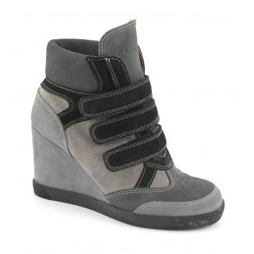 Sneaker con zeppa dallo stile sportivo - Scarpe, borse, accessori, abbigliamento donna e uomo