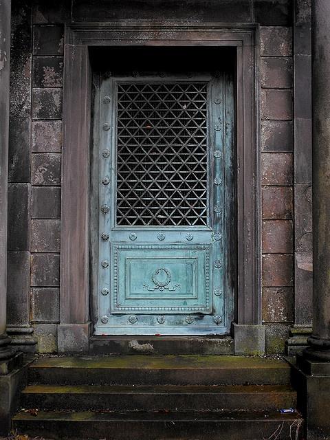 Mausoleum Mausoleum at Larbert East Church. & 39 best Cemetery images on Pinterest Pezcame.Com