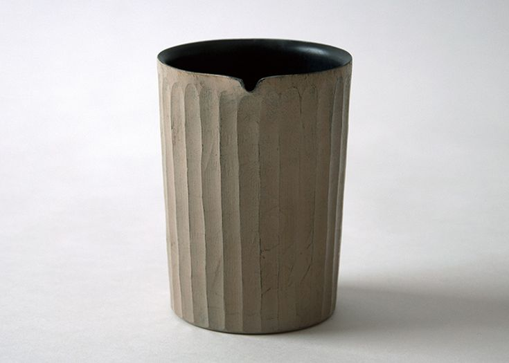 mitani-pitcher-tatazumai-collection-muji-homeware-japanese-design_dezeen_1568_9