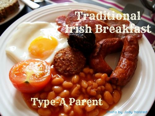 Traditional Irish Breakfast (recipe and instructions) via http://typeaparent.com