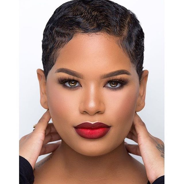 How gorge is @alissa.ashley ❤️ #BeautyFeature